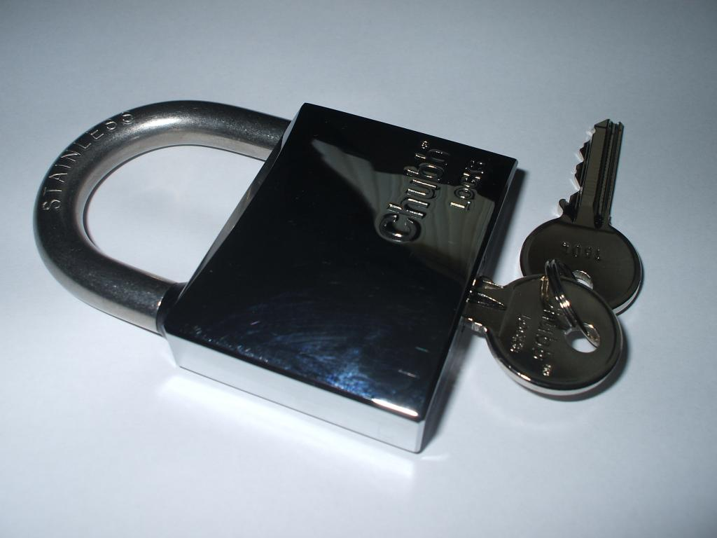Chubb padlocks stocked by dudley locksmith